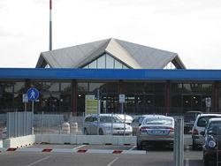 Aeroporto di Forli (FRL) Autonoleggio con autista