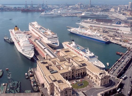 Porto di Genova con Autonoleggio con autista