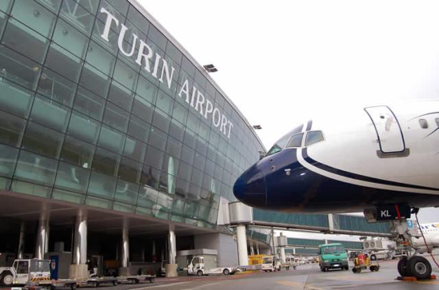 Aeroporto di Torino Caselle (TRN)  Autonoleggio con autista