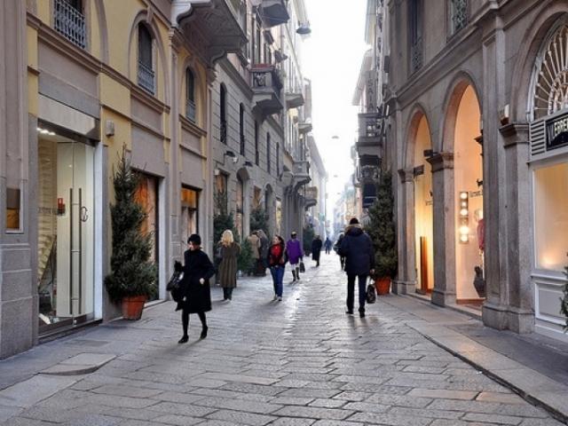 Shopping a Milano con Autonoleggio con autis